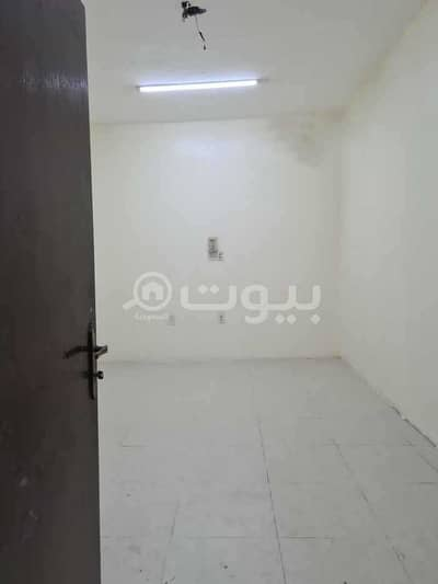 1 Bedroom Flat for Rent in Dammam, Eastern Region - Singles apartment for rent in Al Aziziyah district, Dammam