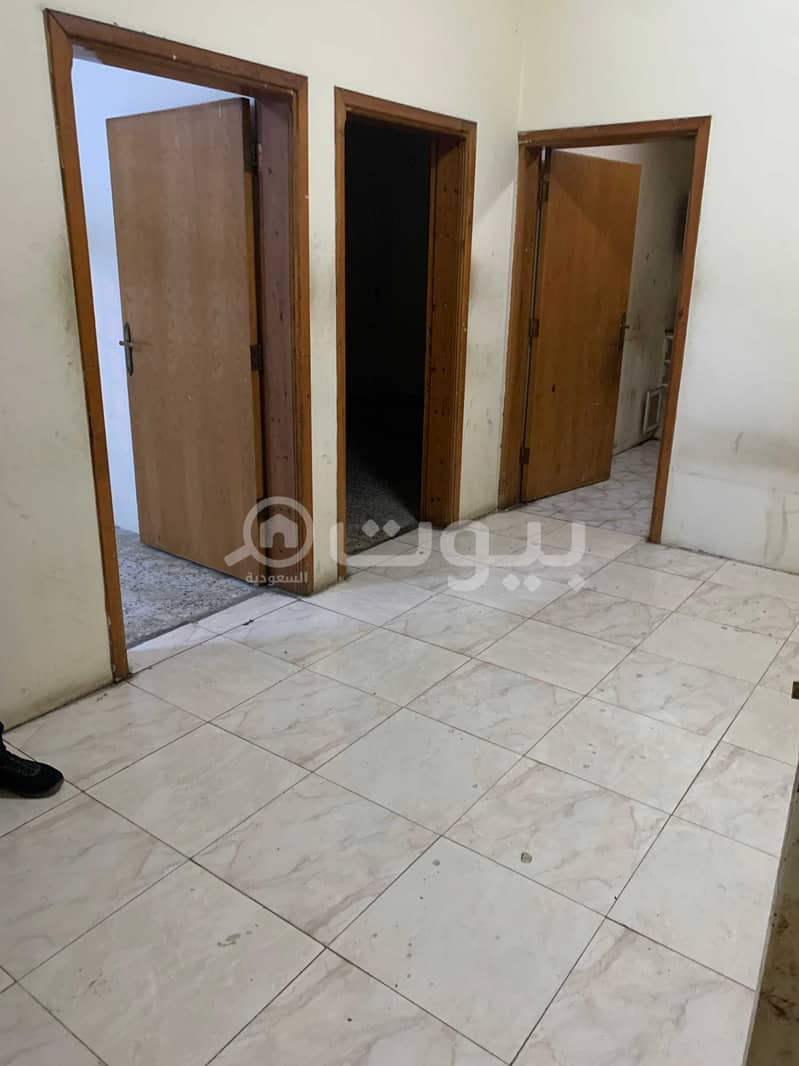 Singles Apartment   2 BDR for rent in Umm Sarar, Khamis Mushait