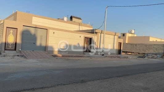 دور 8 غرف نوم للبيع في حريملاء، منطقة الرياض - دور | 8 غرف للبيع بملهم، حريملاء