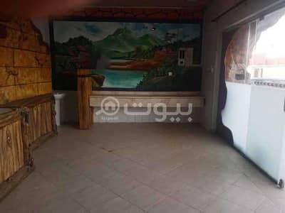 Shop for Rent in Riyadh, Riyadh Region - Shop for rent in Al Hussein Ali Street, Al Izdihar in the east of Riyadh