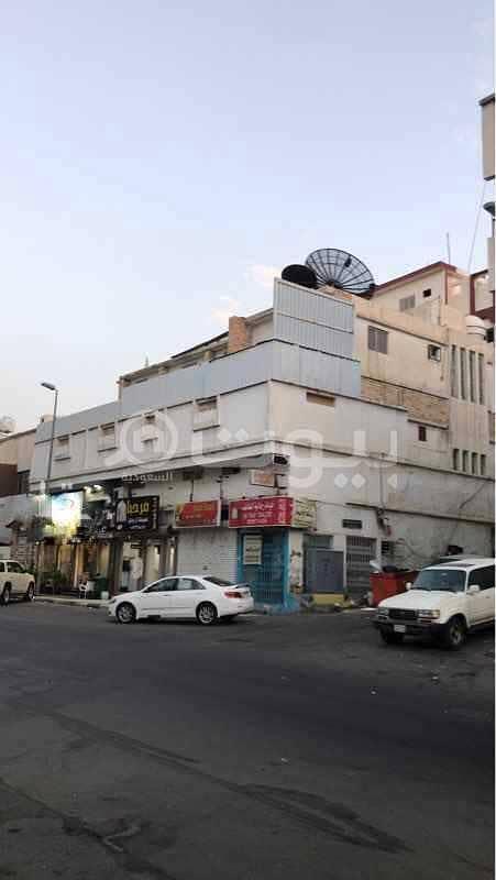 عمارة تجارية سكنية للبيع بحي النزهة، الطائف