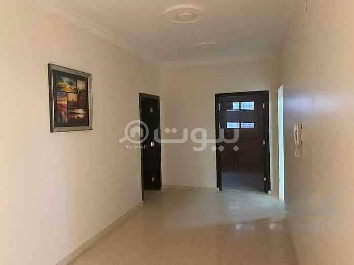 شقة علوية بالسطح للإيجار في ظهرة لبن، غرب الرياض