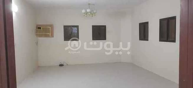 4 Bedroom Floor for Rent in Riyadh, Riyadh Region - Floor with private parking for rent in Al Uraija Al Gharbiyah, West of Riyadh