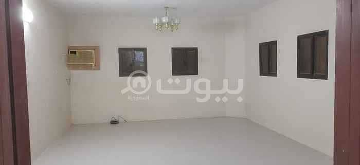 دور مع كراج للإيجار في حي العريجاء الغربية، غرب الرياض