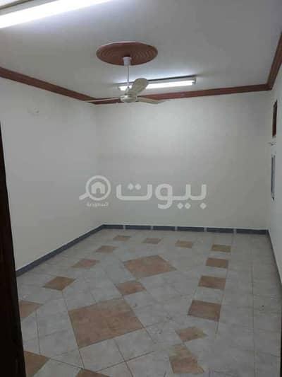 2 Bedroom Flat for Rent in Riyadh, Riyadh Region - Apartment with a small roof for rent in Al Badiah, West Riyadh
