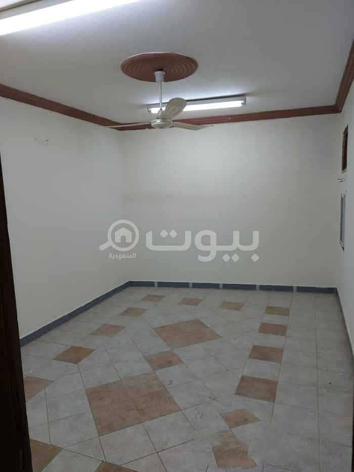 Apartment with a small roof for rent in Al Badiah, West Riyadh