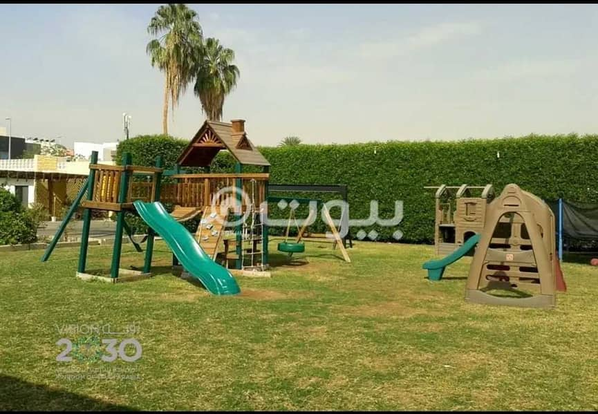 Family villa for rent in a residential compound in Al Hamraa district, central Jeddah