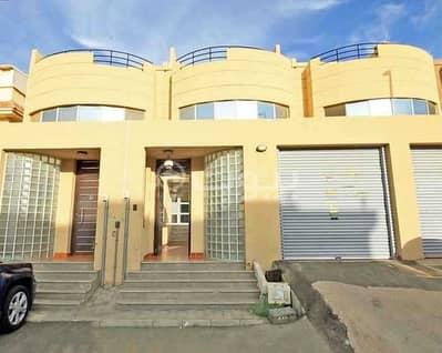 3 Bedroom Villa for Rent in Jeddah, Western Region - Villa with pool for rent in Al Naim, north of Jeddah