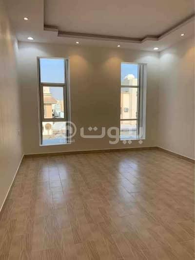 5 Bedroom Villa for Sale in Riyadh, Riyadh Region - Modern Villa with 2 apartments for sale in Al Nahdah, East of Riyadh