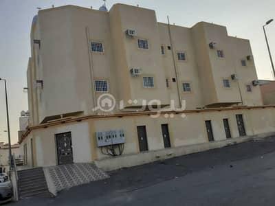 شقة 5 غرف نوم للايجار في خميس مشيط، منطقة عسير - شقة عوائل مع روف للإيجار في الراقي، خميس مشيط