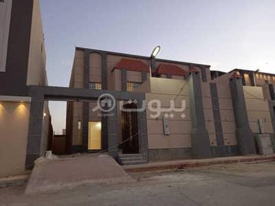 فیلا  للبيع في جدة، المنطقة الغربية - فيلا دوبلكس فاخرة درج صالة في الرياض، شمال جدة