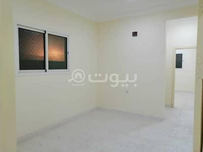 2 Bedroom Flat for Rent in Riyadh, Riyadh Region - Apartment with roof for rent in Al Hazm, West of Riyadh