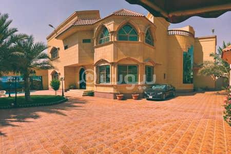 قصر 11 غرف نوم للبيع في الرياض، منطقة الرياض - قصر للبيع في قرطبة، شرق الرياض