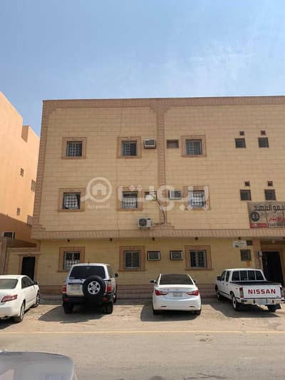 4 Bedroom Residential Building for Sale in Riyadh, Riyadh Region - Commercial residential building for sale in Dhahrat Laban, west of Riyadh