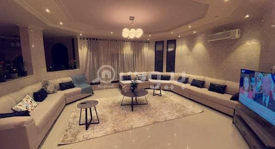 10 Bedroom Villa for Sale in Riyadh, Riyadh Region - Villa with 2 apartments for sale in Al Hamra AlSharqia, East of Riyadh