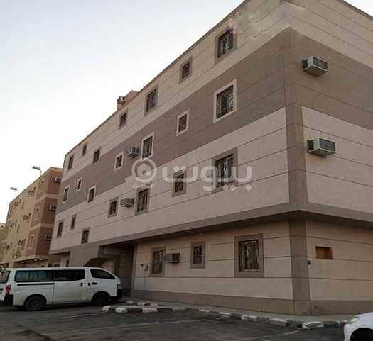 عمارة سكنية للايجار بحي ظهرة لبن، غرب الرياض