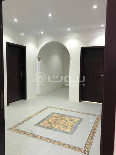 دور 2 غرفة نوم للايجار في رفحاء، منطقة الحدود الشمالية - دور علوي للايجار بحي المحمدية، رفحاء