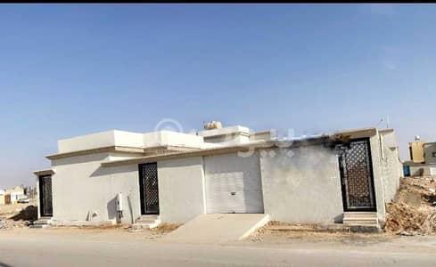 دور 3 غرف نوم للبيع في رفحاء، منطقة الحدود الشمالية - دور | 508م2 للبيع بحي الورود، رفحاء