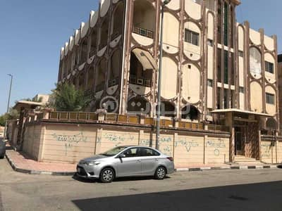 Residential Building for Sale in Dammam, Eastern Region - Residential Building | 600 SQM for sale in Al Mazruiyah, Dammam
