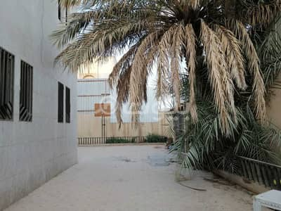 فیلا 5 غرف نوم للبيع في الرياض، منطقة الرياض - فيلا دورين مفصولة للبيع في الروضة، شرق الرياض
