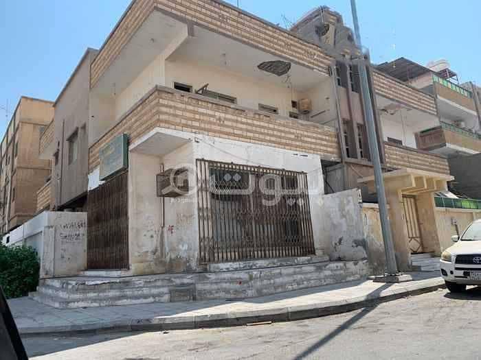 Residential building for sale in Al Nakhil, Dammam