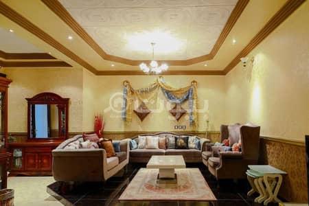 4 Bedroom Villa for Sale in Riyadh, Riyadh Region - Duplex villa staircase hall for sale in Al Rawabi, East Riyadh