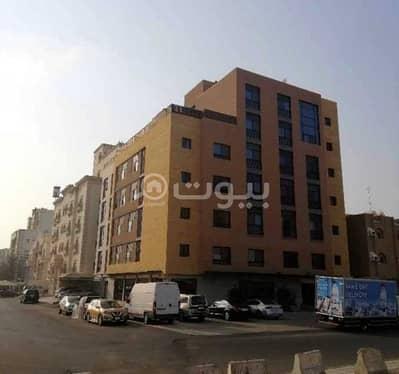5 Bedroom Residential Building for Sale in Jeddah, Western Region - Residential Building For Sale In Al Zahraa, North Jeddah
