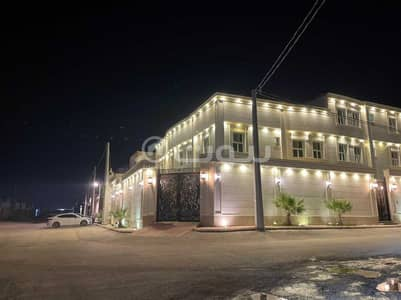 فیلا 5 غرف نوم للبيع في الرياض، منطقة الرياض - فيلا دور و3 شقق للبيع في حي البيان، شرق الرياض