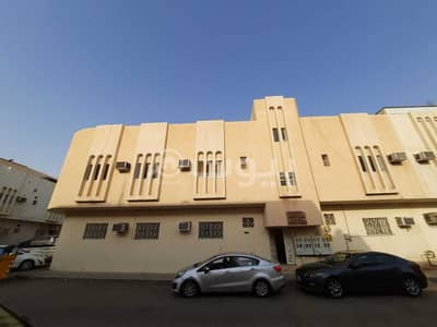 Residential Building for Sale in Riyadh, Riyadh Region - Residential building | Close to services for sale in Umm Al Hamam Al Sharqi, West of Riyadh