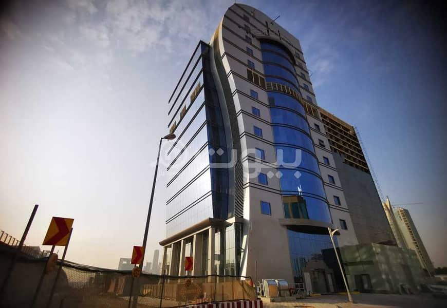 عمارة تجارية للإيجار بالكامل في الصحافة، شمال الرياض