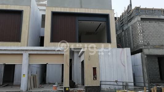 4 Bedroom Villa for Sale in Riyadh, Riyadh Region - Duplex Villa with internal staircase for sale in Al Munsiyah AlGharbiyah, East of Riyadh