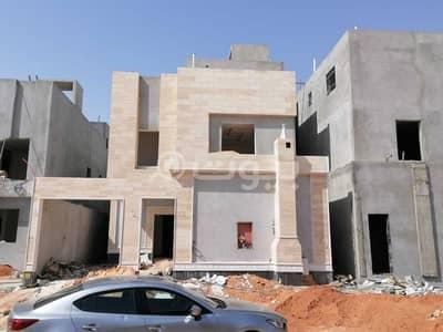5 Bedroom Villa for Sale in Riyadh, Riyadh Region - Internal Staircase Villas And Apartment For Sale In Al Munsiyah, East Riyadh