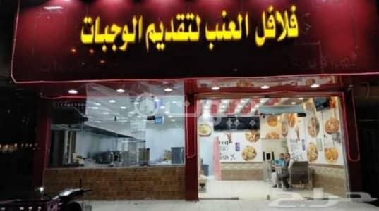 Shop for Rent in Riyadh, Riyadh Region - Restaurant for rent in Al Mousa Tuwaiq district, west of Riyadh
