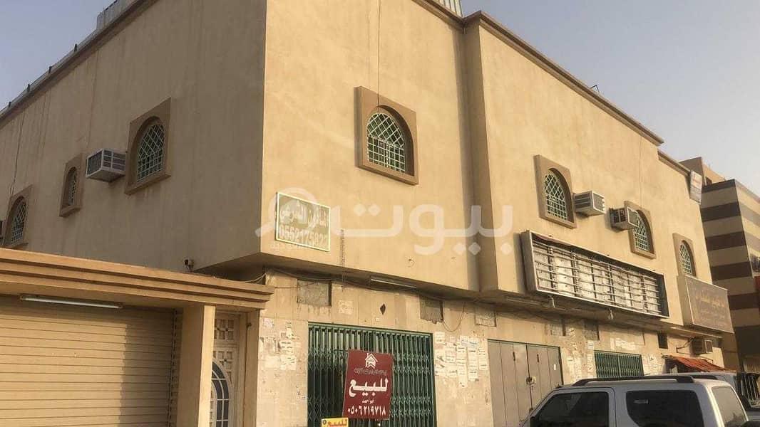 عمارة تجارية زاوية 575م2 للبيع حي العزيزية، جنوب الرياض