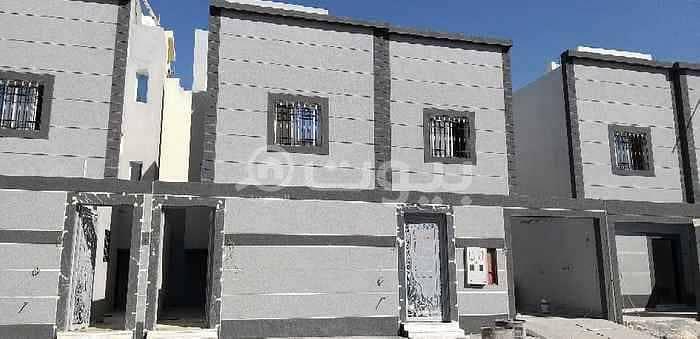أدوار للبيع في الدار البيضاء، جنوب الرياض