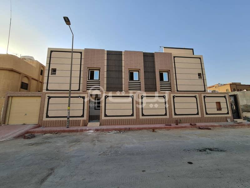 أدوار للبيع 312.5 م2 بالعزيزية، جنوب الرياض   مع صك