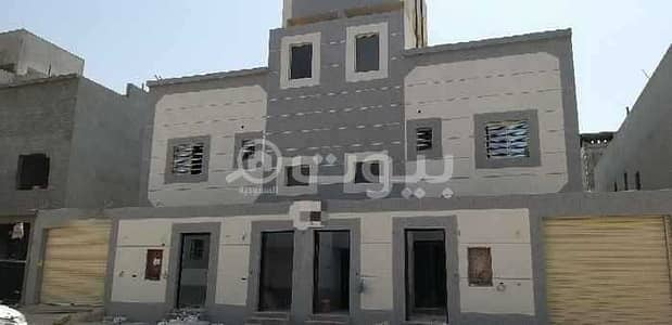 دور 5 غرف نوم للبيع في الرياض، منطقة الرياض - أدوار بصك للبيع بحي العزيزية، جنوب الرياض