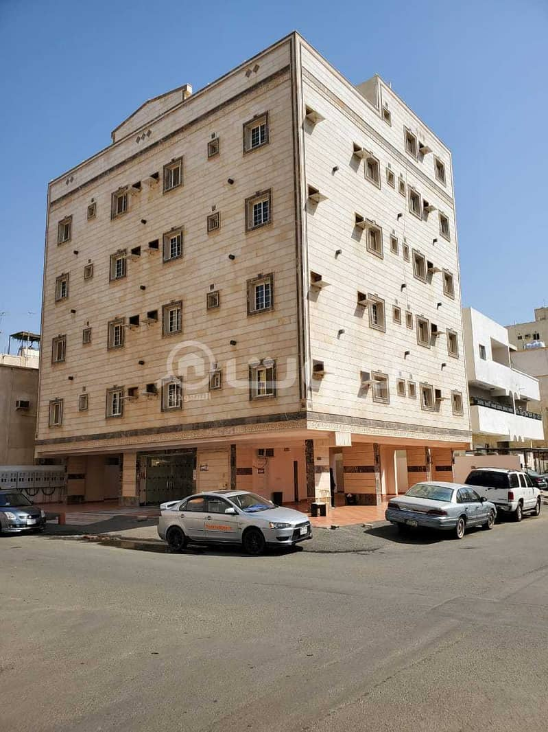 عمارة سكنية للبيع في الفيصلية، وسط جدة