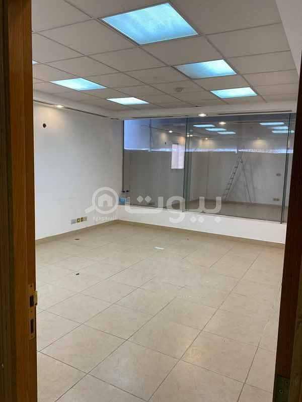 مكتبين تجاري للإيجار في الطريق الدائري الشرقي الفرعي حي القدس، شرق الرياض