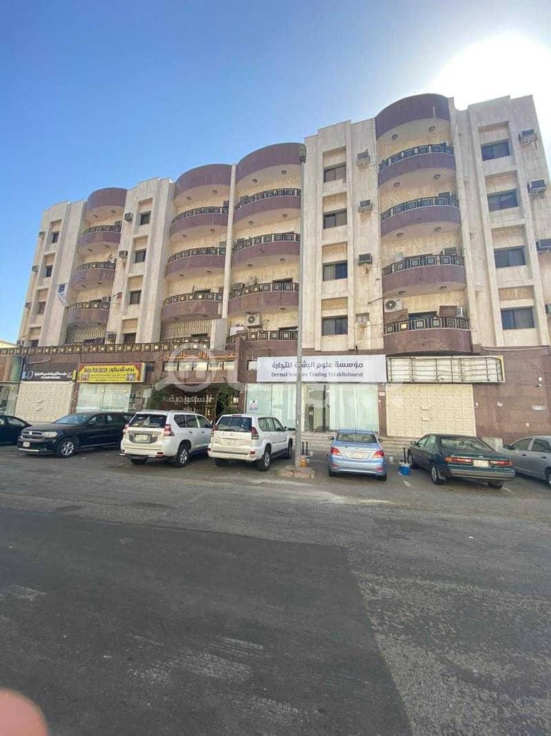 عمارة تجارية للبيع في الشرفية، شمال جدة