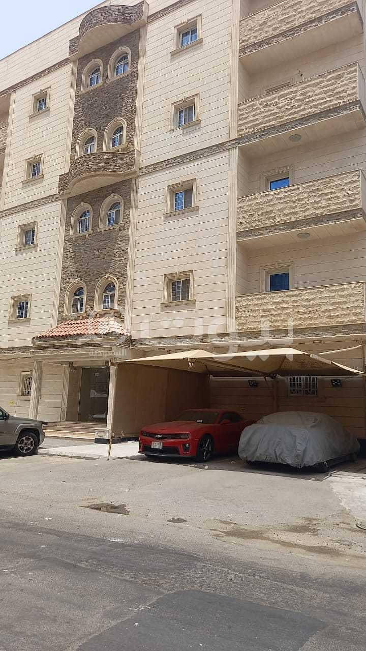 عمارة سكنية للبيع في حي الصفا الشعلة، شمال جدة