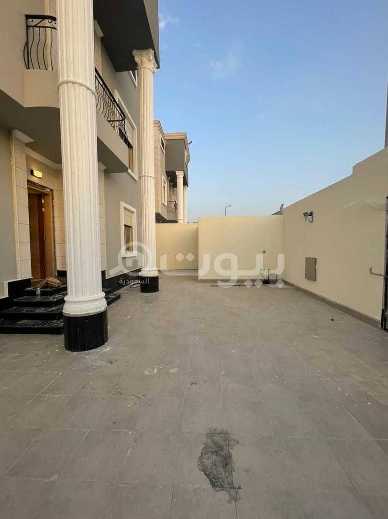 A luxurious villa with 2 floors and an Annex for sale in Al Sheraa, North Jeddah