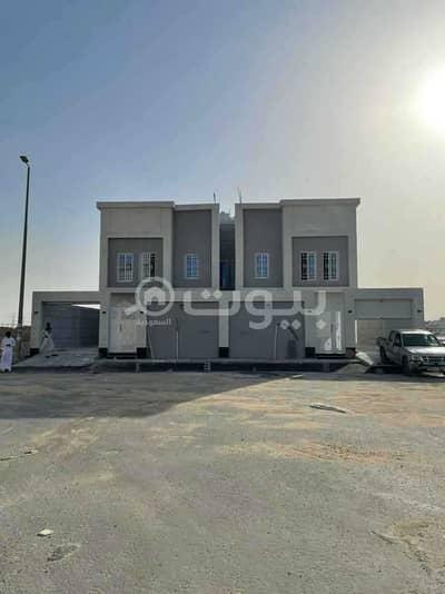 5 Bedroom Villa for Sale in Dammam, Eastern Region - Duplex semi-detached villas for sale in King Fahd suburb, Dammam