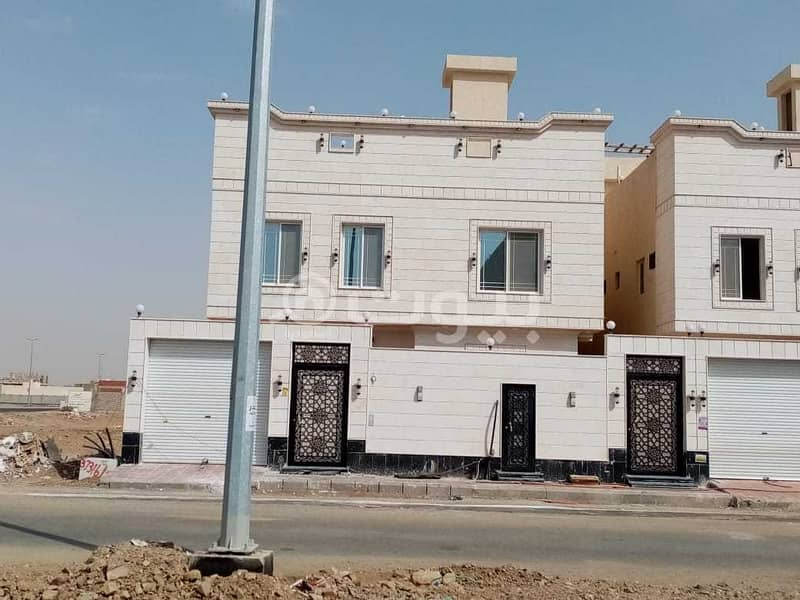 فلل للبيع منفصلة تشطيب سوبر لوكس في مخطط الرياض، شمال جدة