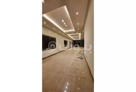 فیلا 5 غرف نوم للبيع في الرياض، منطقة الرياض - للبيع فيلا مع مسبح ومصعد بحي الملقا، شمال الرياض