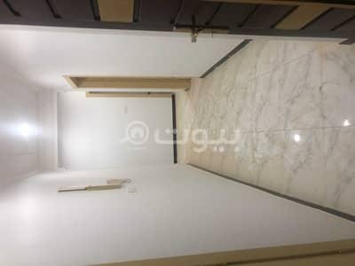 فلیٹ 4 غرف نوم للايجار في الرياض، منطقة الرياض - شقة عوائل للإيجار بحي المعيزلة، شرق الرياض