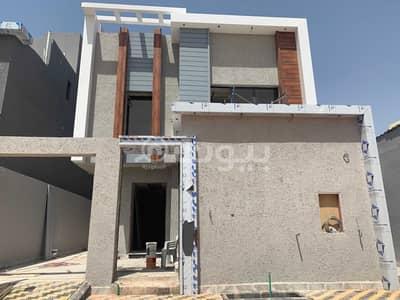 5 Bedroom Villa for Sale in Riyadh, Riyadh Region - Internal Staircase Villa And Two Apartments For Sale In Qurtubah, East Riyadh,