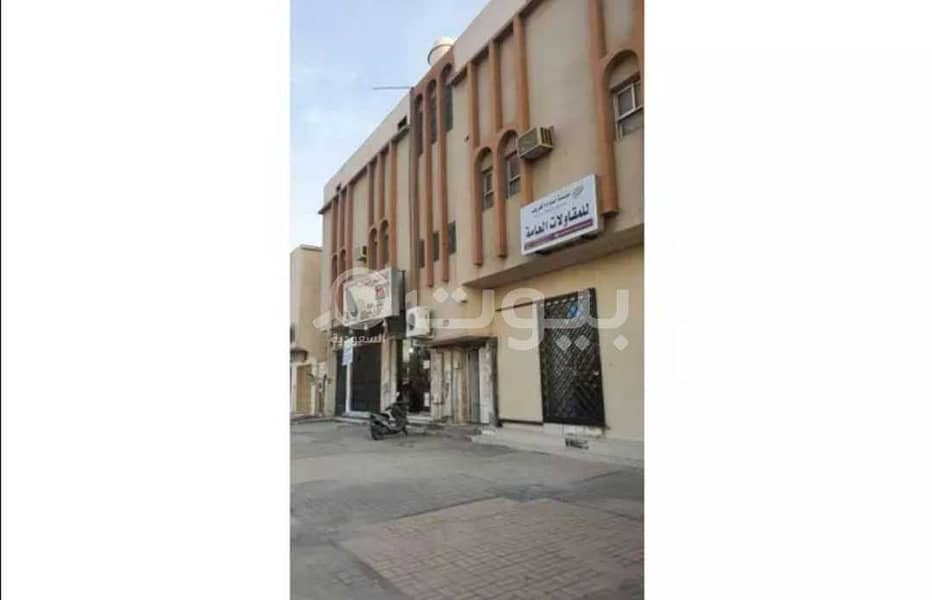 عمارة تجارية للبيع في العزيزية، جنوب الرياض