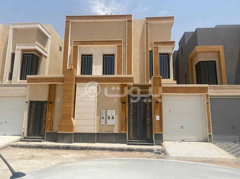 Villa with internal staircase and apartments for sale in Al Rimal, east of Riyadh