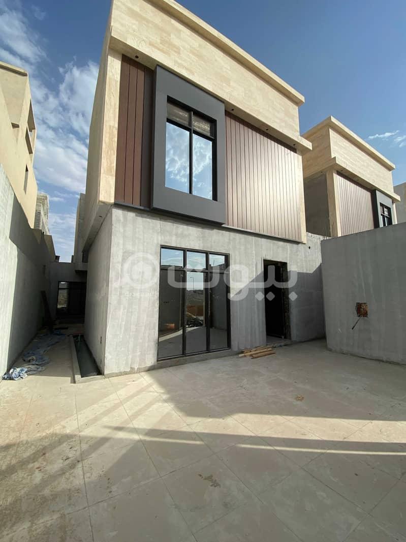 للبيع فلتين دوبلكس في حطين، شمال الرياض